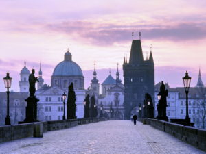charles_bridge_at_dusk